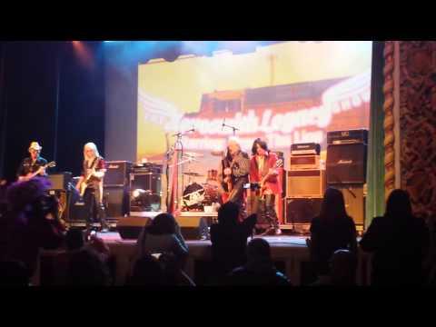 Draw The Line - Aerosmith Tribute (featuring Ray Tabano) - Train Kept A-Rollin'