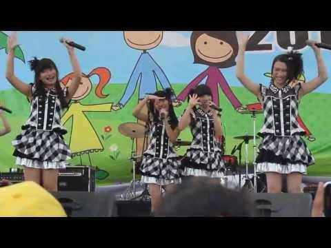[FANCAM]JKT48~ Kimi Ni Au Tabi Koi Wo Suru At Ancol EcoPark(Family Gathering Indosat)[26-05-2013]