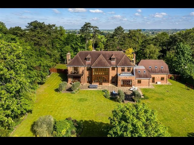 Magnificent Estate in Fetcham, England | Sotheby's International Realty