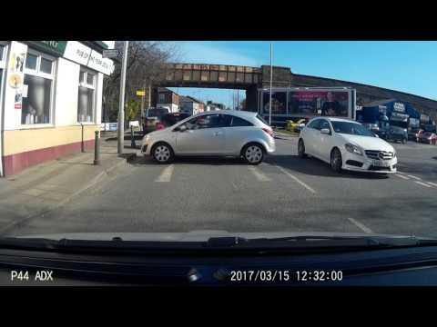 Woman drives over bollard - Dashcam fail