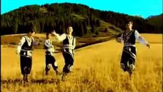 Qara Jorğa - K'ara Zhorg'a - Қара Жорға - With Lyrics(Kara jorga bolmasa , bidin sani keler me, Kos etek koilek kimese , kizdin sani keler me. Al kanekei joldastar , bireuin shik toi bastar, Toi degende deidi eken ..., 2010-07-05T15:24:38.000Z)