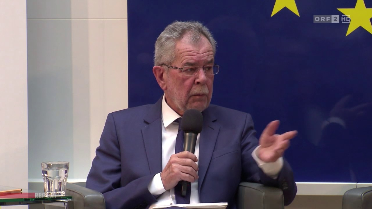 Alexander Van der Bellen – Wir werden alle Frauen bitten müssen, ein Kopftuch zu tragen! – YouTube