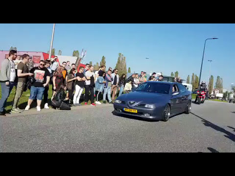Cars And Coffee Twente Enschede 15.10.17 - Cars leaving Car Meet with Revs, Burnout, Launch Control