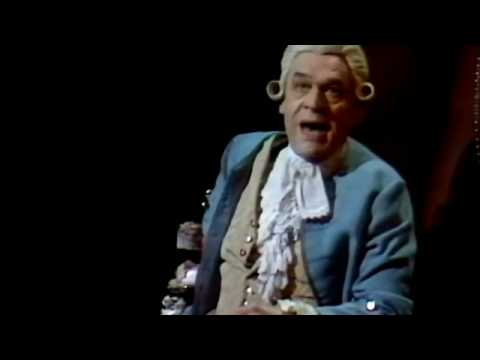 Paul Scofield in Amadeus at the National Theatre
