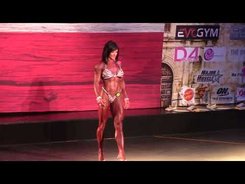 2016 San Antonio Pro single presentation pre judging with Jennifer Taylor IFBB PRO