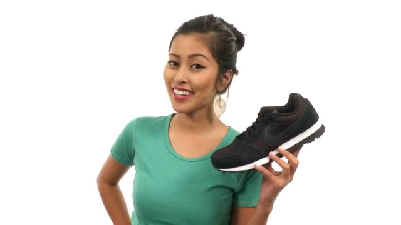 139586ce71 Nike MD Runner 2 SKU 8535635 - YouTube