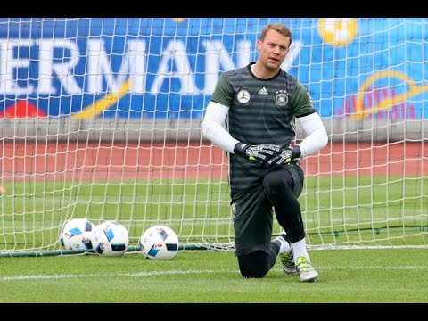 Manuel Neuer, ter Stegen & Leno | Torwart Training Video | DFB