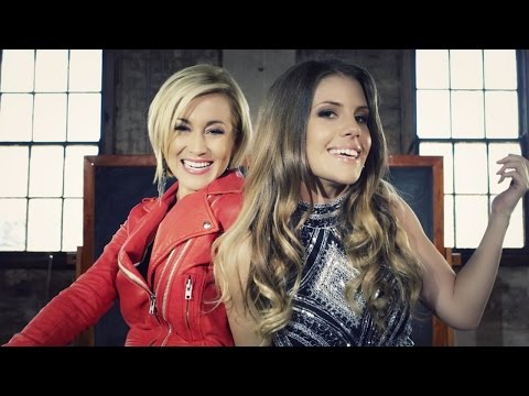 Jasmine Rae & Kellie Pickler - Bad Boys Get Me Good