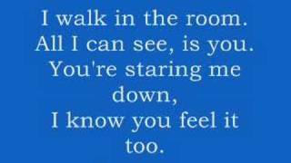 Gambar cover The Jonas Brothers - Burnin' Up (With Lyrics)