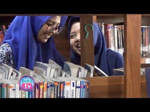 ngabuburit-asyik-sambil-menikmati-jendela-dunia-di-perpustakaan-umum-trenggalek---bioztv.id