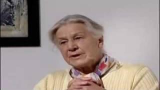 Hitlers Sekretärin spricht über ihre Vergangenheit
