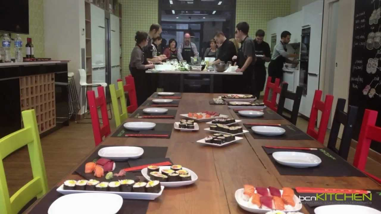 Cursos de cocina en barcelona sushi bcnkitchen youtube for Clases particulares de cocina