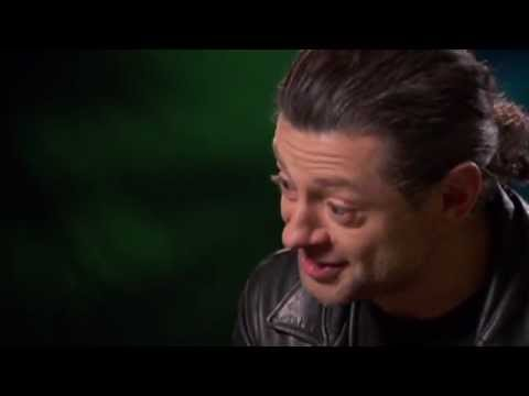 The Hobbit's Andy Serkis - What would Gollum pack for a trip?