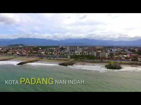 Keindahan Kota Padang dari udara