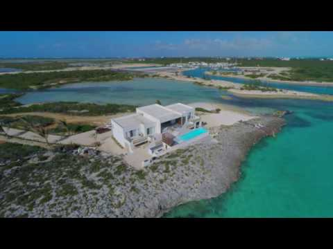 TURKS AND CAICOS LUXURY VILLA  - TIP OF THE TAIL.