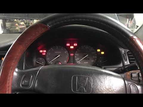 Самодиагностика Двигателя и системы ABS на Honda Inspire 96г