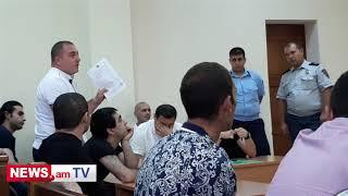 Լեզվակռիվ պաշտպանների եւ դատավորի միջեւ Էջմիածնի դատարանում
