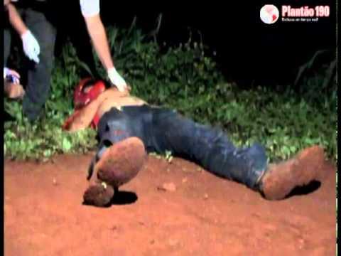 Assaltantes morrem em troca de tiros com policiais