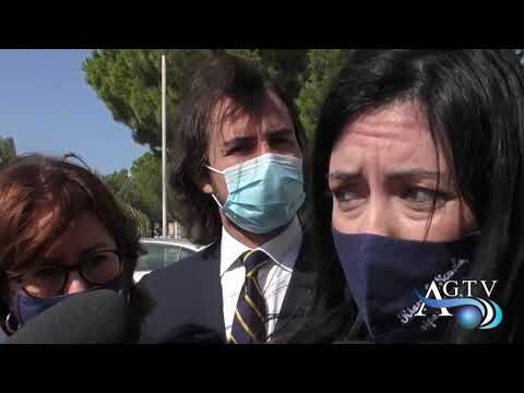 "Il Ministro Azzolina ad Agrigento: ""presto i nuovi banchi"" News Agrigentotv"