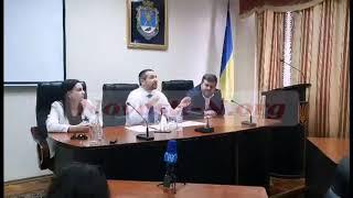 Губернатор Стадник встретился с митингующими под Николаевкой ОГА