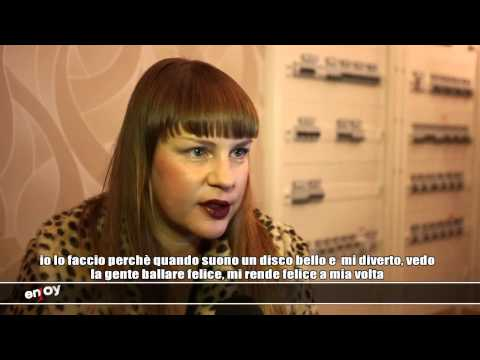 HALLOWEEN MAZOOM 2012 - MISS KITTIN INTERVIEW