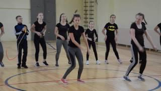 Танец учеников 15-ой школы на открытии нового спортивного зала(, 2016-10-21T11:33:50.000Z)