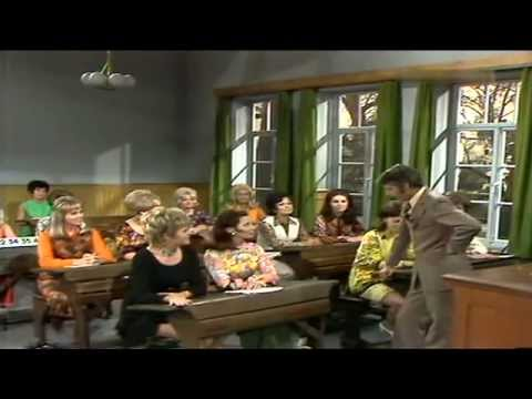 Rudi Carrell  Schule für Fernsehansagerinnen 1971