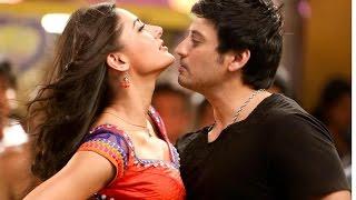 Super model Nargis Fakhri item dance with actor Prashanth in Tamil Movie Saagasam - RedPix 24x7