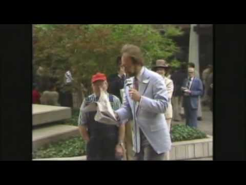 KGCT Tulsa 1981: Erling On The Main Mall