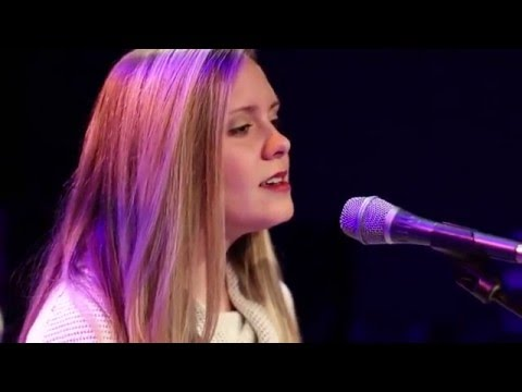 Oh Holy Night - by Impactkc Worship | Aaron Davis | Emily Davis | Cinematography