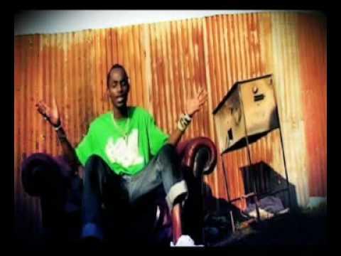 Moze Radio & Weasle - Nyambula