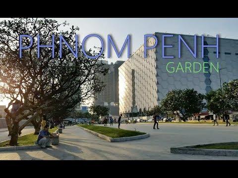 Phnom Penh city garden 2019.