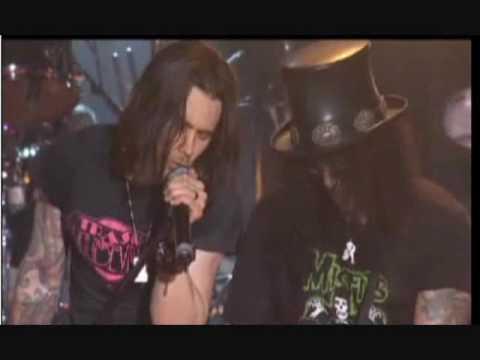 Slash with Myles Kennedy- Sweet Child O' Mine (Live)