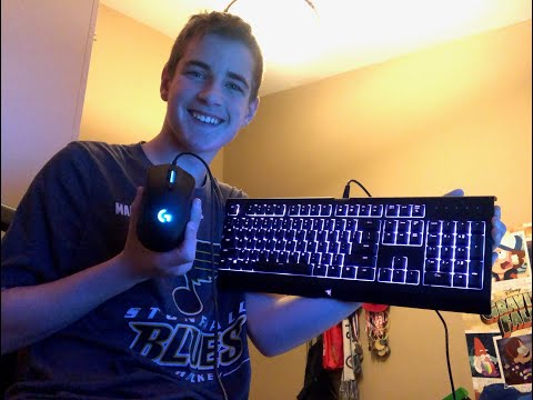 UNBOXING MY NEW GAMING KEYBOARD AND MOUSE!!!