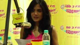 Anurag Kashyap and the stars of Gangs of Wasseypur in Mirchi Studios!