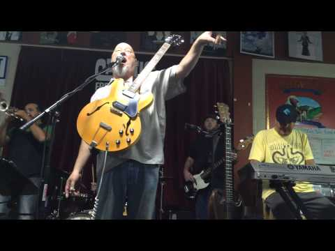 "Shinyribs performs ""Walt Disney"" at Cactus Music"