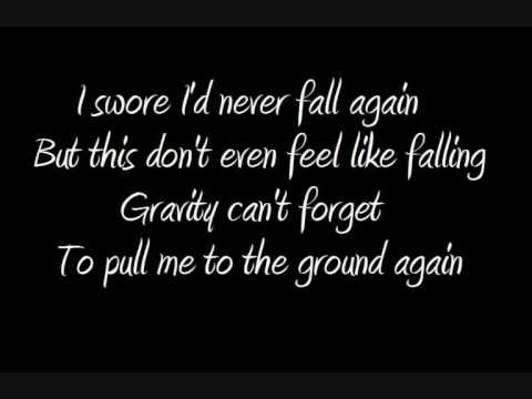 Beyonce Knowles - Halo (lyrics) - YouTube