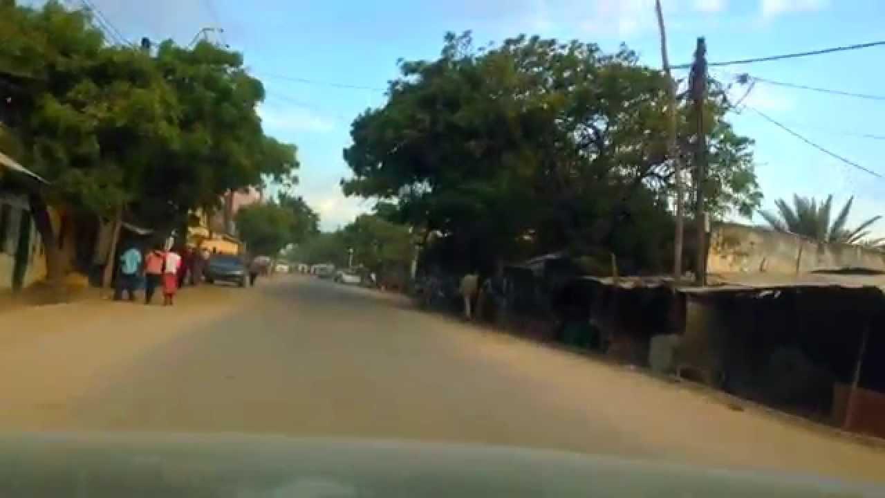 Welcome to Somalia - Driving thru Kismayo