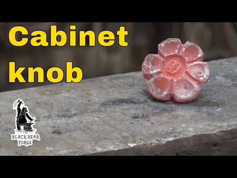 Flower shaped cabinet pull