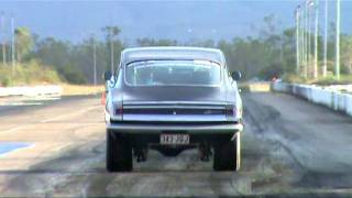 PLYMOUTH WHEEL STAND VIDEO AT TOWNSVILLE DRAGWAY 2011 AND PLEASE SUBSCRIBE AND COMMENT THANKS