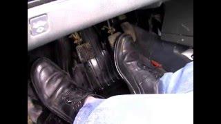Работа ног при вождении автомобиля. Уроки инструктора avto-school.by