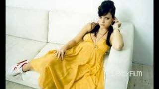 lily allen i don t know w lyrics new song