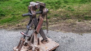 Restoration: Massive Vise | 250kg (550lb) With 25cm (10inch) Jaws