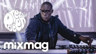 KEVIN SAUNDERSON presents E-Dancer [live techno set]
