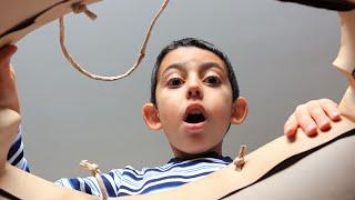 видео Подарки детям на день рождения. Что подарить ребенку на день рождения?