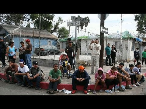 Mexican president-elect to offer work visas to migrants