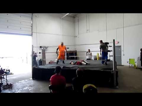 Nick Phoenix vs Kkk