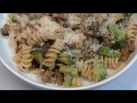 Rotini With Italian Sausage & Broccoli Skillet Supper Recipe ~ Noreen's Kitchen