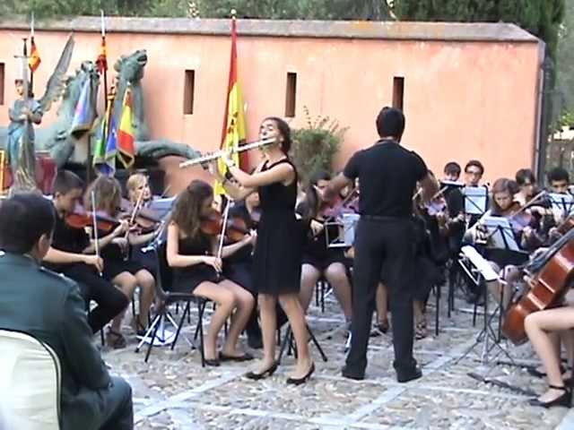 Andante in C major for Flute and orchestra, k.315 Mozart (Violeta Gil) Travel Video