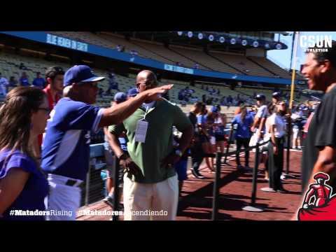 Reggie Theus First Pitch Dodger Stadium